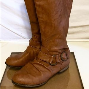Ankle Buckle Back Zipper Knee-High Tan Boots: 6